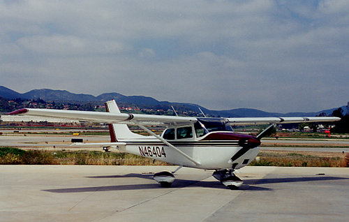 Photo of Cessna 172 N46404 Exterior